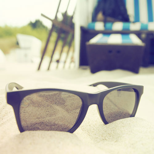 occhiali-da-sole-modello-wayfarer